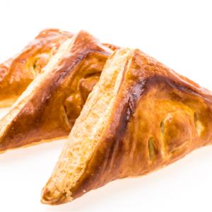 Pasteles de pollo y carne Panaderia Buke Pan artesanal Chia Cajica
